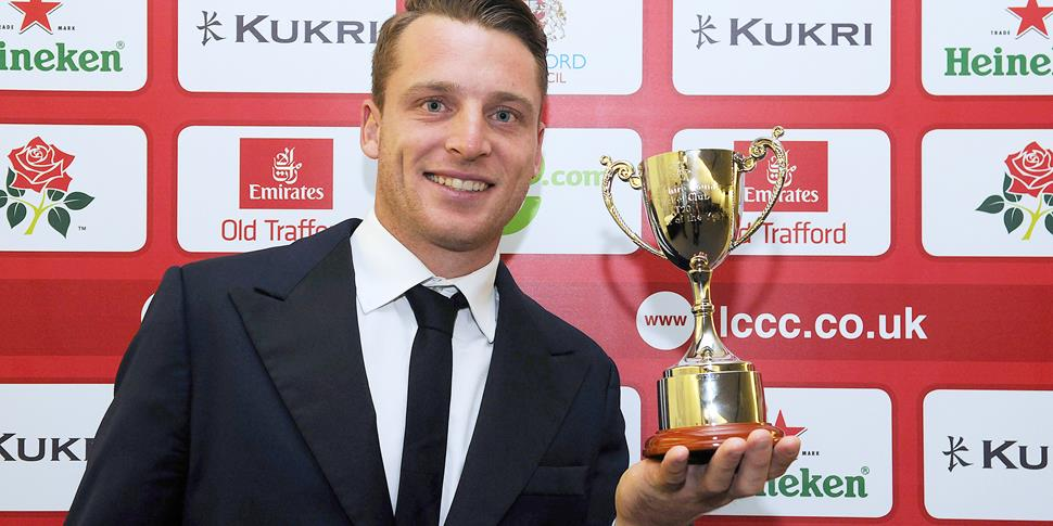 Jos Buttler celebrates his trophy.jpg